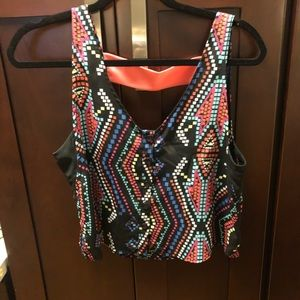 Cropped tank with multi-color geometric print